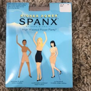 New Spanx high waisted power panty/size d/bare